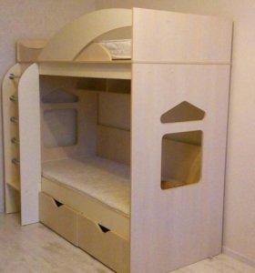 Двухъярусная кровать.