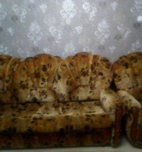 Комплект мягкой мебели(диван,2 кресло)