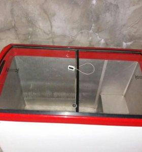 Морозилка в отличном состоянии 400 литровый