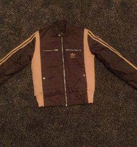Куртка Adidad размер S