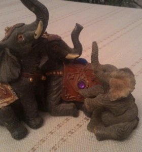 Фигурки Семья слонов