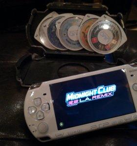 PSP White + 6 игр и чехол