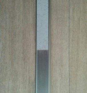 Пристеночный плинтус для кухонного гарнитура