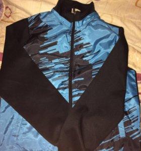 Спортивная куртка