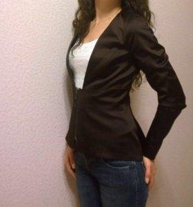 Женский пиджак Caruel
