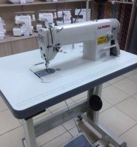 Промышленная швейная машина. (Новая-комплек)