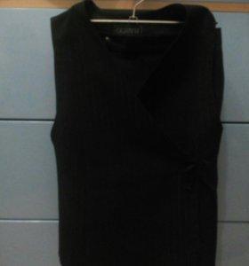 Комплект (юбка и жилетка)
