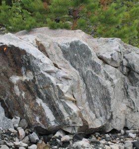 Природный камень различных размеров