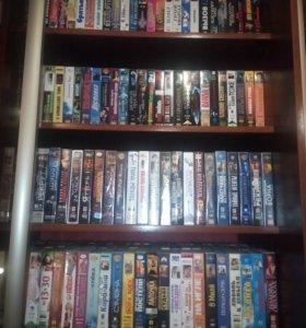 Коллекция видеокассет около 1200 шт.