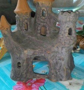 Замок , раковина, морские звезды