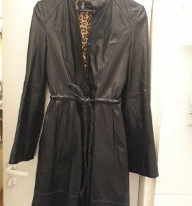 Плащ пальто кожаный