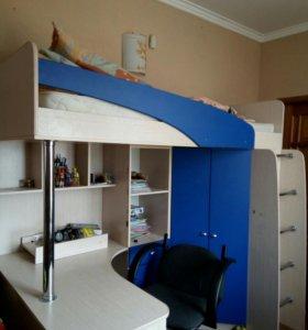 Детский уголок.кровать,шкафы,стол.Новый.