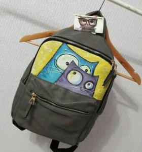 Рюкзак с ручной росписью.