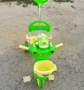 СРОЧНО!Велосипед 3-х колёсный +ИГРУШКА В ПОДАРОК!