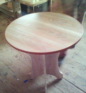 Стол обеденный круглый новый