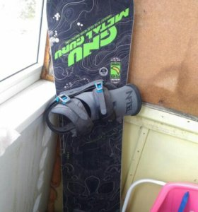 Сноуборд, крепления ботинки