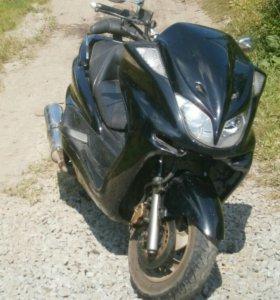 Yamaha Majesty 250(2000г)