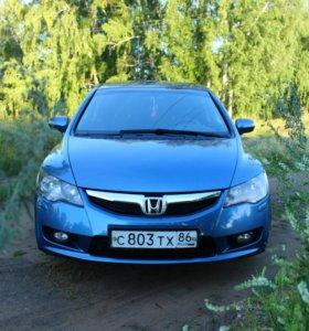 Автомобиль Хонда Цивик