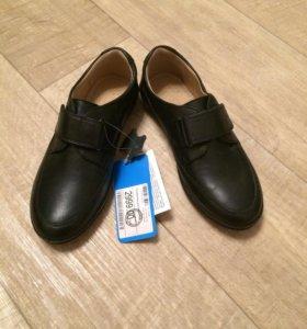 Школьные туфли, р35