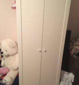 Шкаф гардеробный в детскую