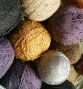 Натуральная шерсть (для вязания)