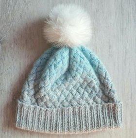 Теплая шапка из натуральной шерсти