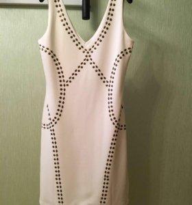Платье белое суперическое