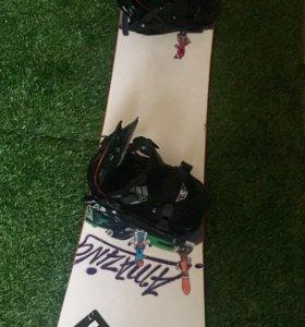 Сноуборд +крепления+ботинки