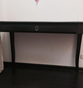 Письменный стол (ИКЕА)