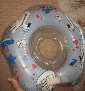 Круг для купания Flipper музыкальный