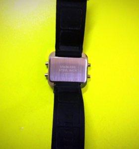 Часы NIKE led watch