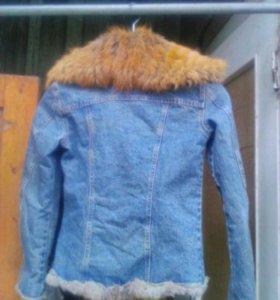 джинсовая куртка с мехом лисы