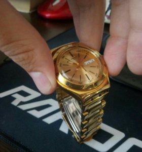 Swatch irony gold
