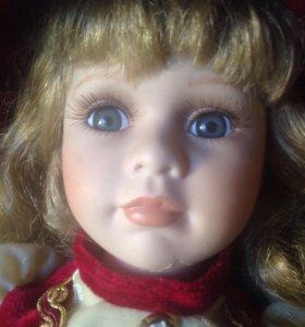 Коллекционная кукла RC