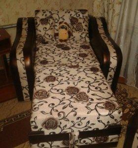 Угловой диван с раскладным креслом
