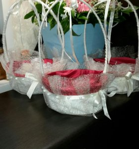 Свадебные корзинки для лепестков роз