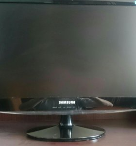HD игровой монитор Samsung B2330H