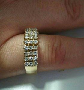 Золотое кольцо 583 с бриллиантами