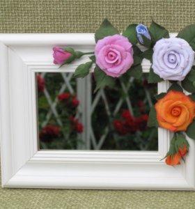 Зеркало настольное в авторской рамке с цветами