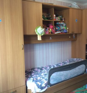 Стенка+кровать для детской