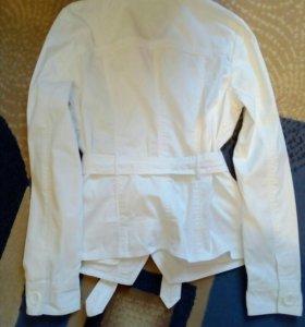 Легкий пиджак размер М