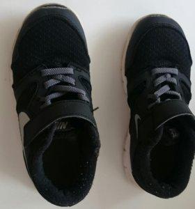 Кроссовки 29 размер