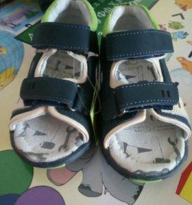 Обувь для мальчика.новые.