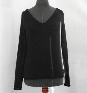Черный свитер из H&M