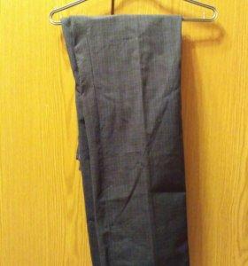 Новые фирменные мужские брюки