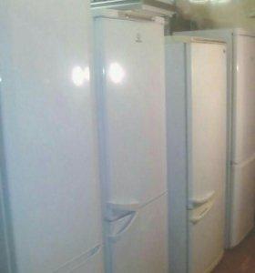 Холодильник Аристон б.у