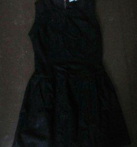 Продаю платье новое