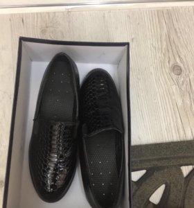 Туфли новые(37)