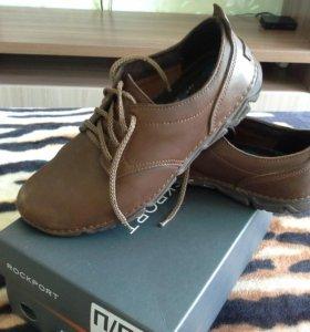 Обувь мужская, кожаная.