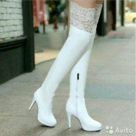 Новые белые сапожки